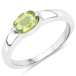Srebrny pierścionek z naturalnym perydotem 0,85 ct