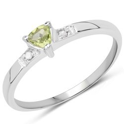 Srebrny pierścionek z naturalnym perydotem i diamentami 0,16 ct